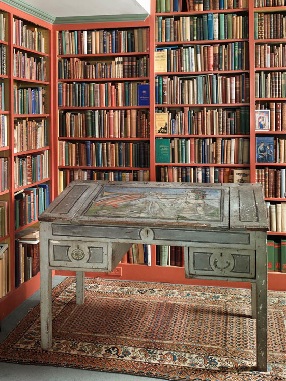 Viriginia Woolf's Writing Desk. Painted by her nephew Quentin Bell, c. 1929