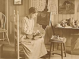 Photo of Agnes Lawrence Pelton in the studio