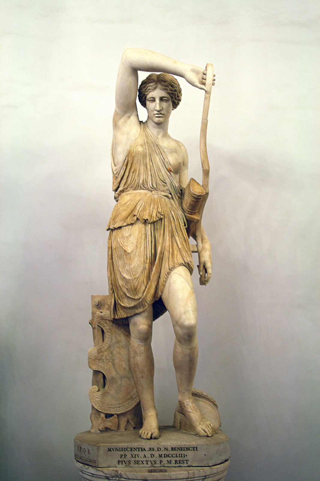 Statue of the Wounded Amazon of the Capitol-Mattei type. Marble