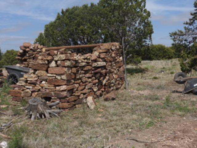 Apache Mesa - Stone Wall