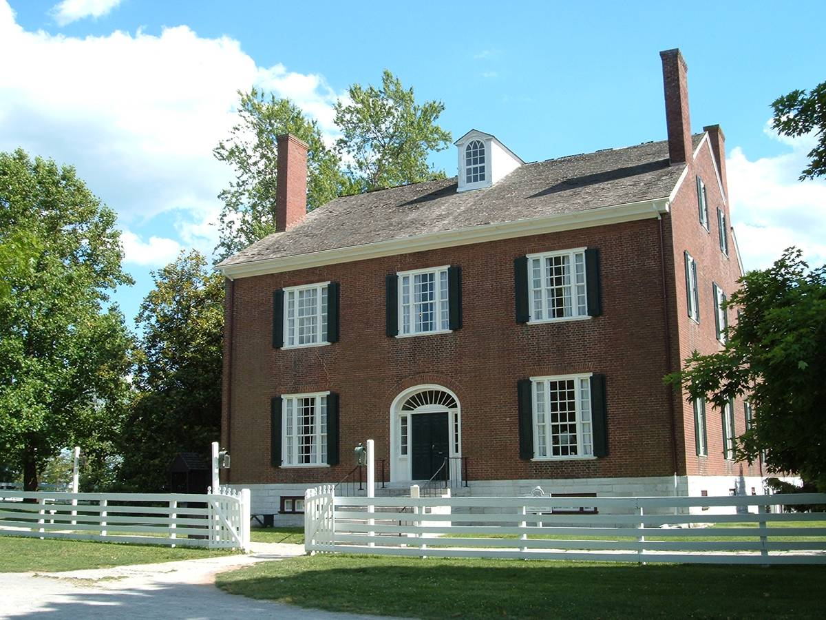 Shakertown Trustees House - Pleasant Hill, KY