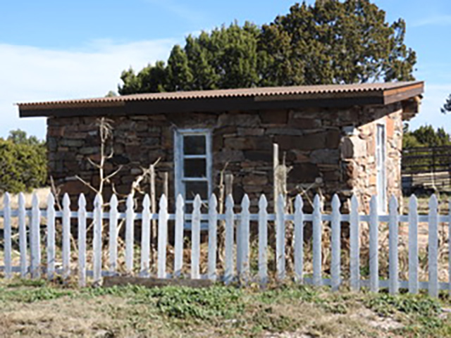 Apache Mesa Stone House, NM