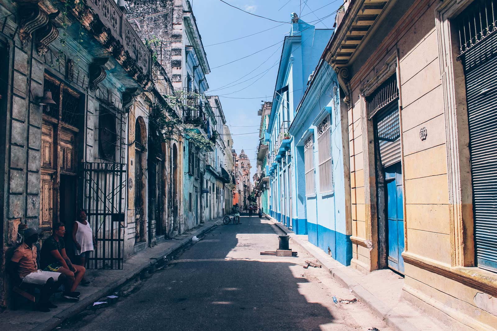 Havana, Cuba. Photo by Augustin de Montesquiou on Unsplash