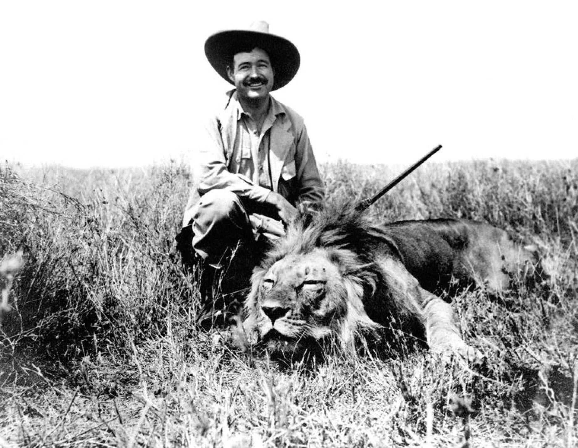 Ernest Hemingway - Lion